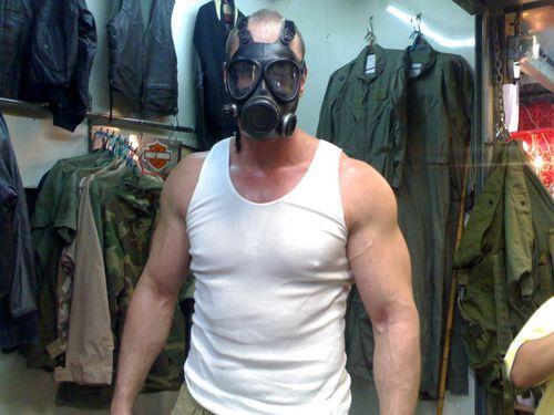 Costume Shopping - Gas Mask Conan Stevens